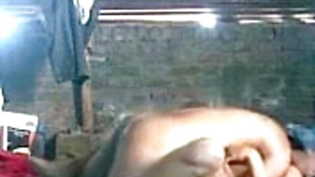 अश्लील कोई पंजीकरण  जादूगरनी सहरी और एलिजाबेथ फुल सेक्सी हिंदी फिल्म एंड्रयूज जब मालिक दूर सचिवों खेल रहा है (2015)