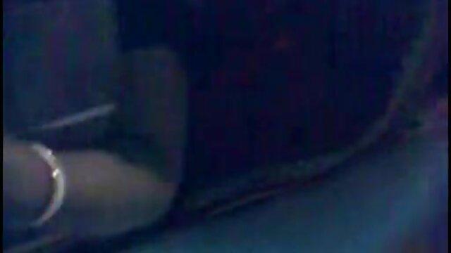 अश्लील कोई पंजीकरण  क्लौस्ट्रफ़ोबिया इंग्लिश सेक्सी मूवी वीडियो में